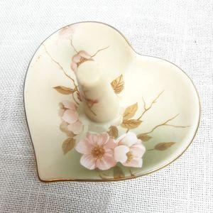 Vintage shabby chic floral ceramic ring holder
